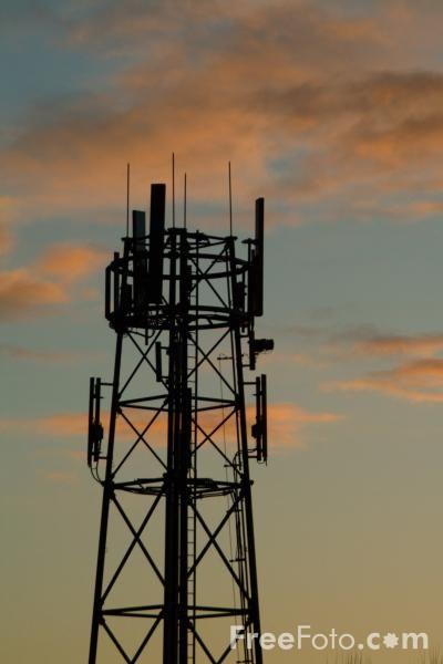 04_23_73---Cell-Phone-Mast_web.jpg