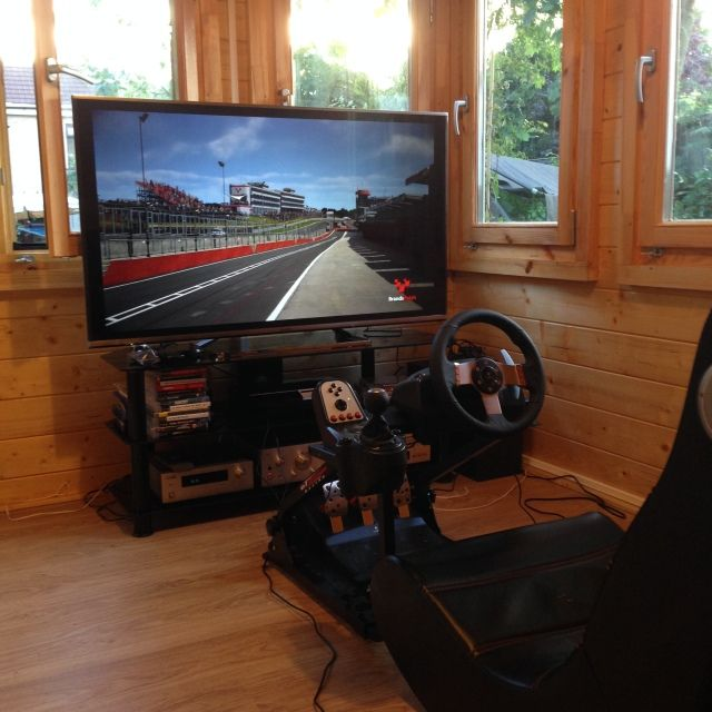 Show Your Man Cave : Show us your man cave page cyclechat cycling forum