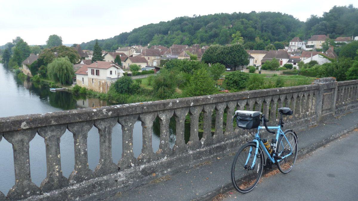 152 Crossing the Dordogne.JPG