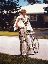 165px-At_Home_With_Evel_Knievel.jpg
