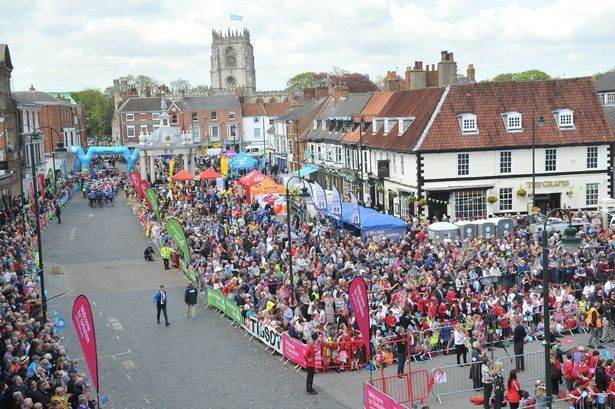 1_TDY-Beverley-crowd.jpg