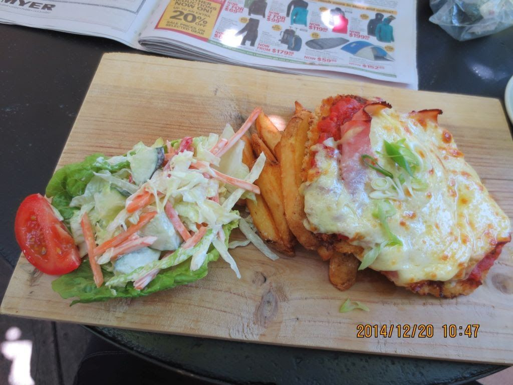 20141220-ringw_nth-donna-backdown-lunch.jpg