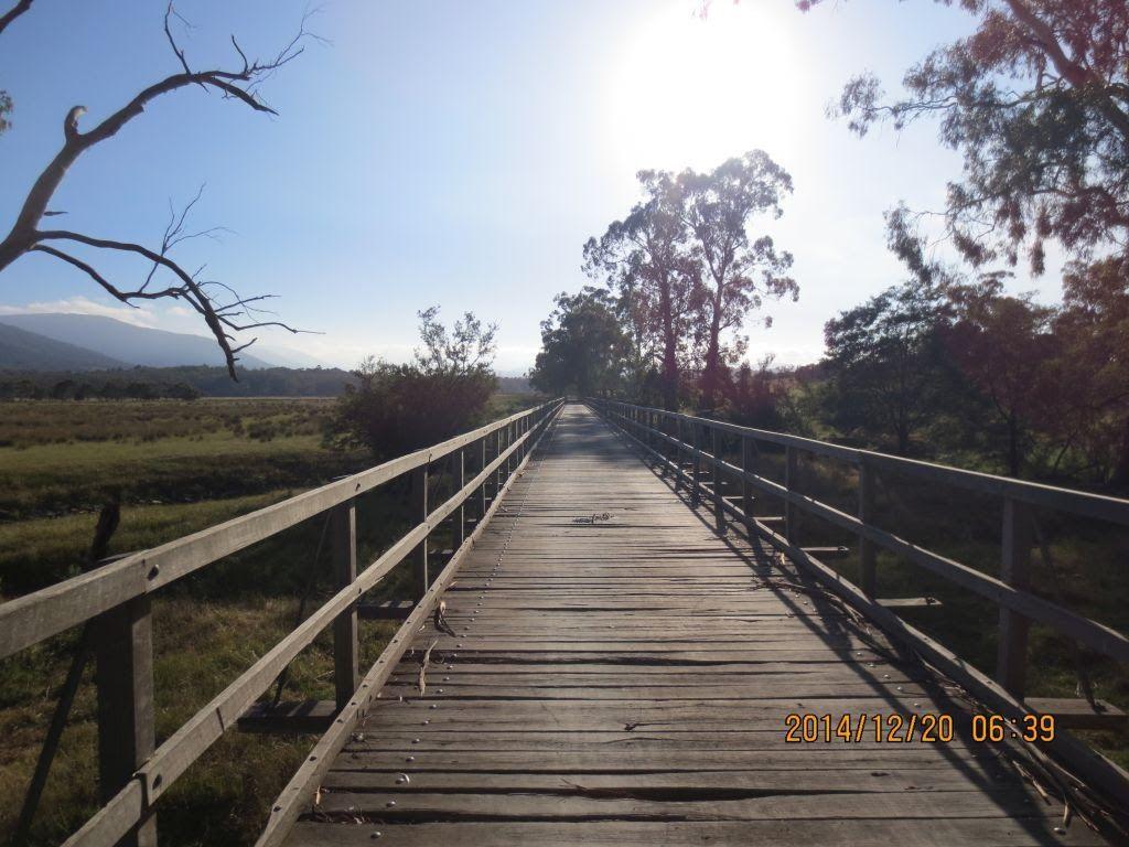 20141220-ringw_nth-donna-trail5-long-bumpy-bridge.jpg