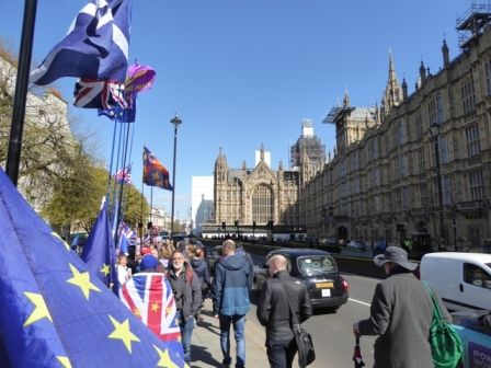 20190410 Worthing ride (13) Houses of Parliament Brexit.JPG