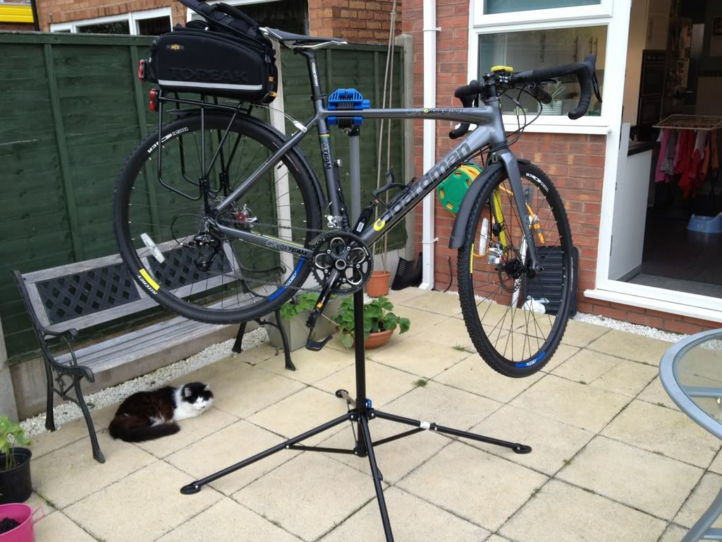 bike work stand lidl bicycling and the best bike ideas. Black Bedroom Furniture Sets. Home Design Ideas