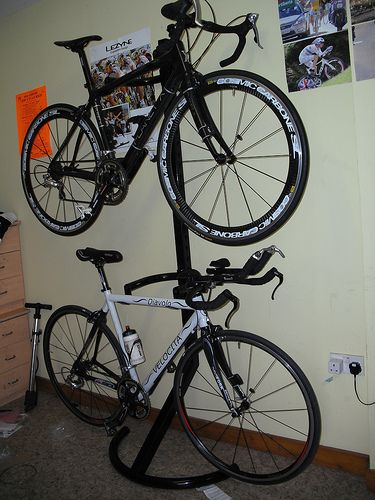 bike stand aldi bicycling and the best bike ideas. Black Bedroom Furniture Sets. Home Design Ideas