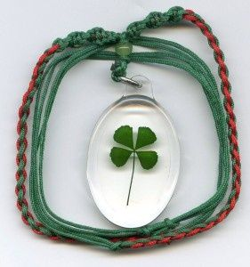 727cc502501015270233ab1ba1ec2ef3--celtic-knot-jewelry-good-luck-gifts.jpg