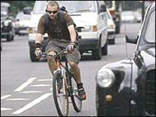 _44750662_cyclist226.jpg
