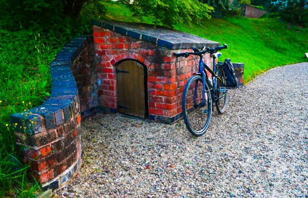 Bike In Front of Hobbit Shed.jpg