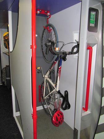 Bike on train Stockport-Birmingham 20100424.JPG