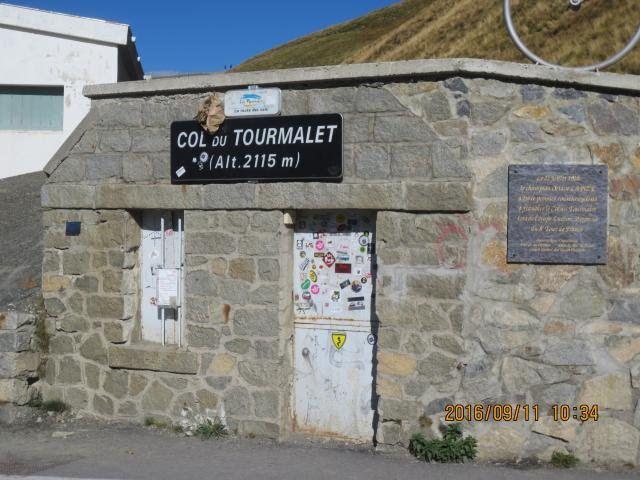 day2-tourmalet-wall.jpg