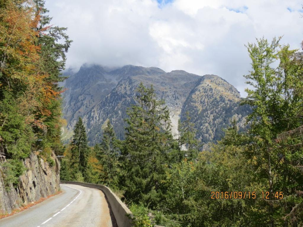 day6-climb-to-rivier-dallemont.jpg