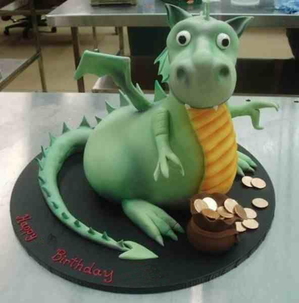Dragon-Cake-592x600.jpg