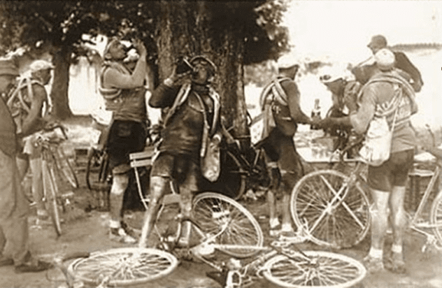 drinking_alcohol_in_the_tour_de_france.jpeg.png