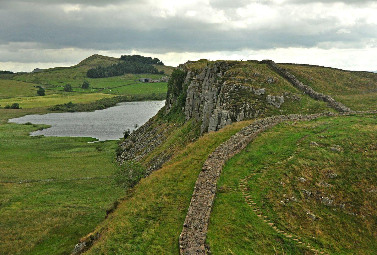 Hadrian's_Wall_and_Crag_Lough.jpg