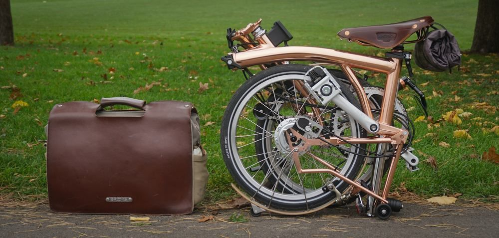 his-and-her-bromptons-15.jpg