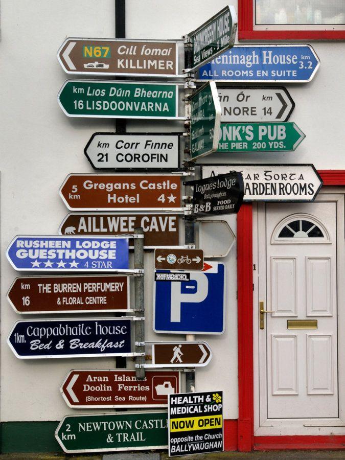 Irish Sign Post.jpg