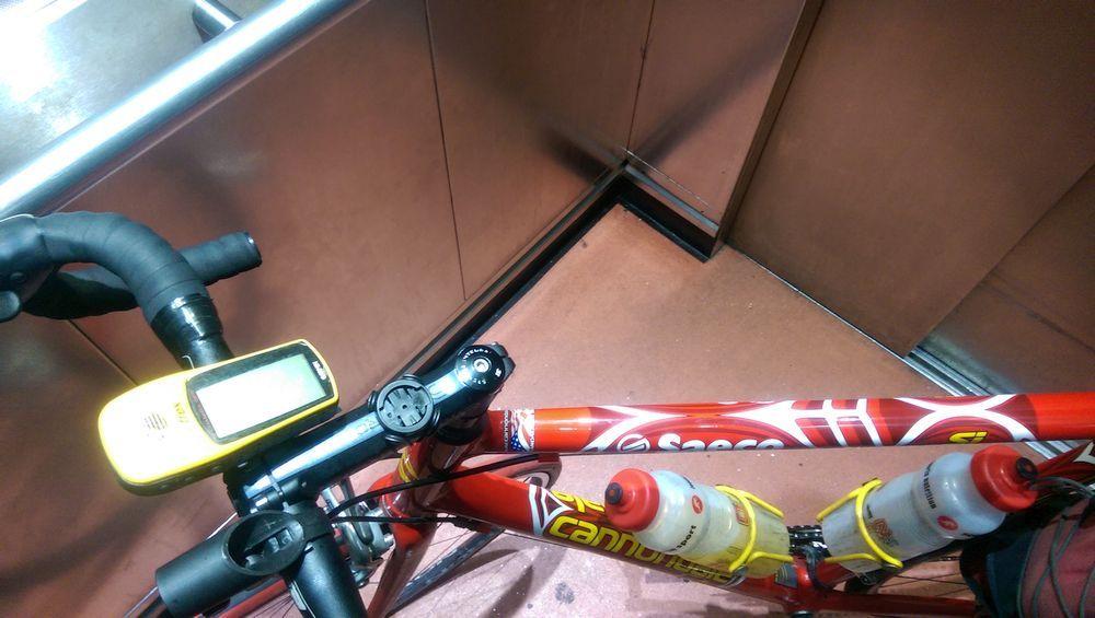 Jammed lift - with bike.jpg