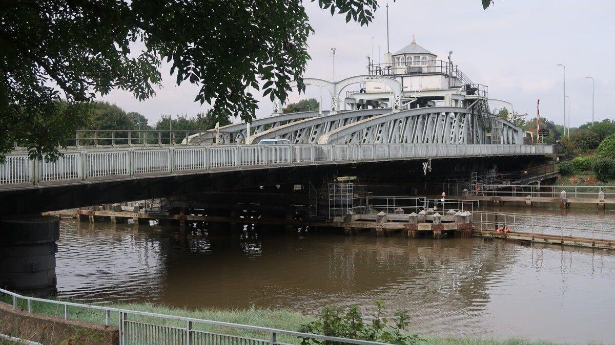 Large-sutton-bridge.jpg