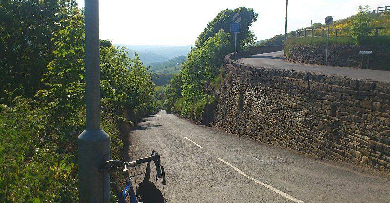 Midgley_Road_climb_to_Height_Road.jpg