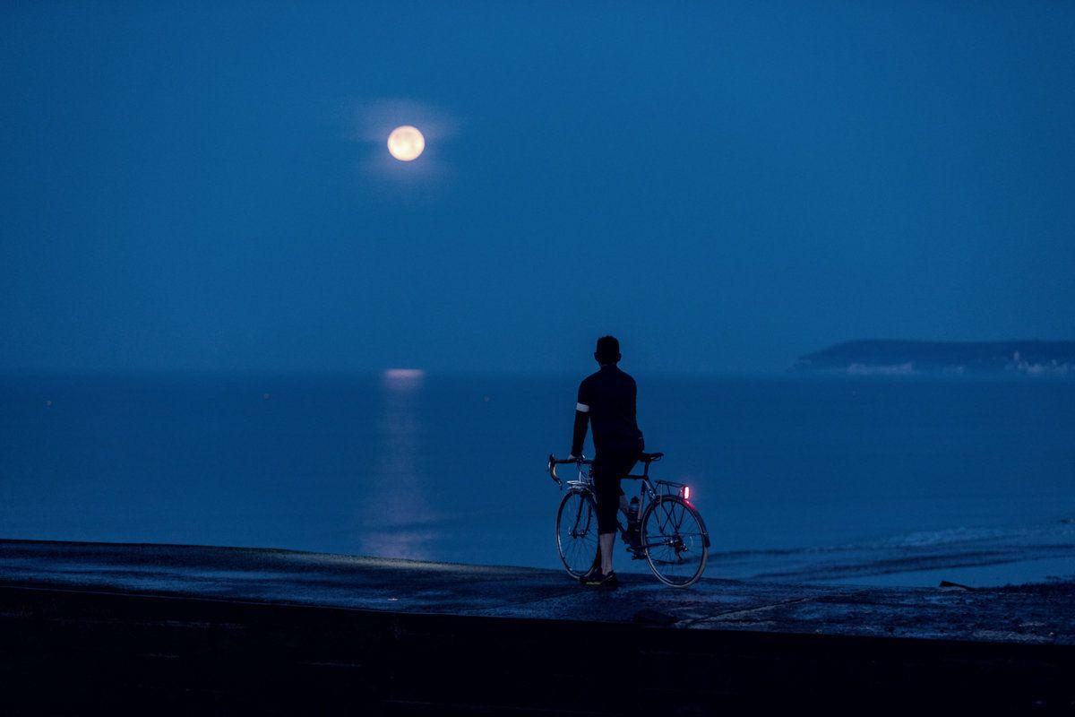 Moon Over Beachy Head-2.jpg
