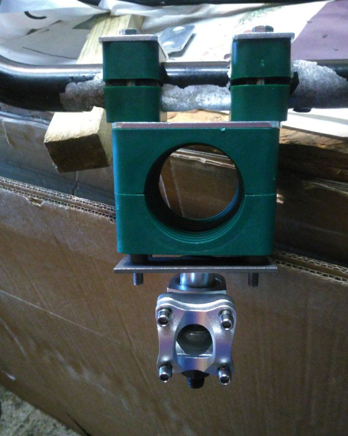 Steerer Axis and clamp.jpg