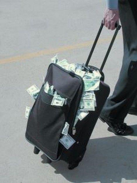 suitcase-full-of-money_2616473.jpg
