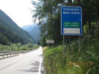 th-20170624-italy-france-trip-02-12-prato-to-stelvio-sign-near-bottom.jpg