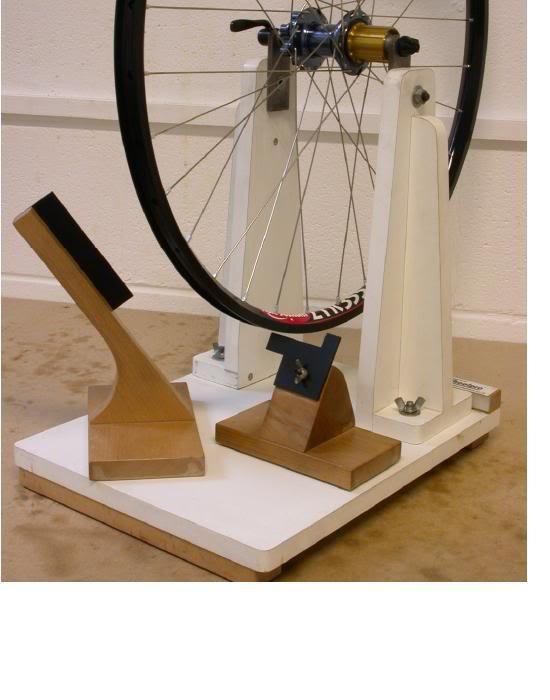 wheeltruingstand.jpg