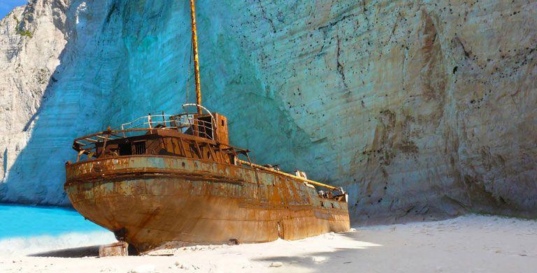 zakynthos-shipwreck.jpg