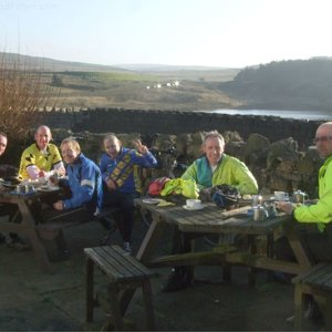cyclechatters-autumn-sunshine-coldwell-activity-centre-cafe.jpg
