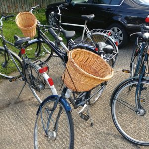 Ladies Town Bikes With Wicker Basket